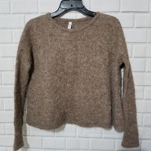 Hope Made In The World Boxy Alpaca Crop Sweater